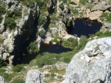 Abseiling_Blick_auf_Pools